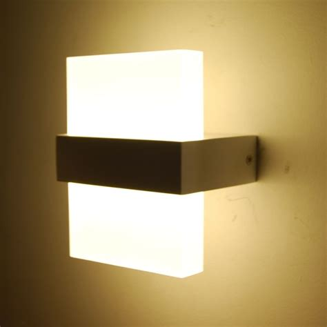 marche illuminazione interni lade a muro da esterno a led