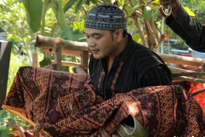 film rhoma irama di lombok dokter bingung penyebab cucu rhoma irama meninggal