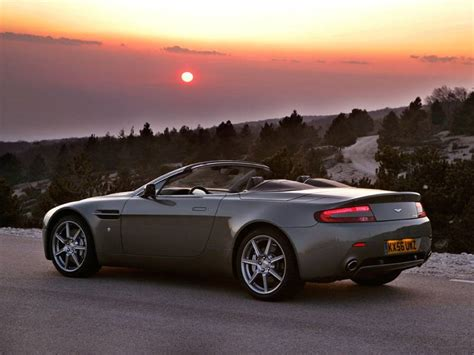 Aston Martin V8 Vantage Roadster by Configuratore Nuova Aston Martin V8 Vantage Roadster E