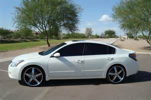 2009 Nissan Altima With 22 Inch Rims Nissan Altima On 22s Fhoto
