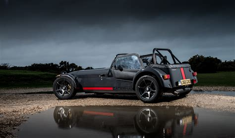 caterham seven 620 the caterham seven 620 receives s pack and widebody