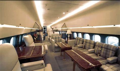 jet charter plc hire a mcdonnell douglas md83