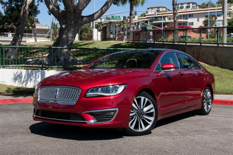 better value 2017 ford fusion or 2017 lincoln mkz news