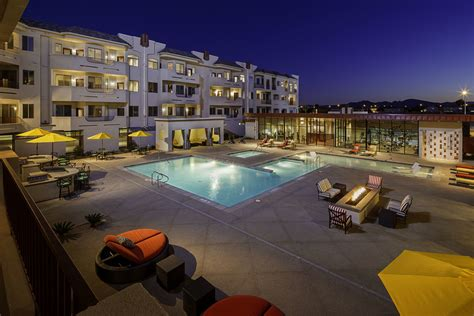 Appartments In Vegas by The Lennox Las Vegas Las Vegas Nv Apartment Finder