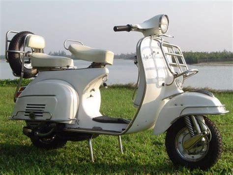 Modifikasi Vespa Tahun 74 by Best 25 Vintage Vespa Ideas On Vespa Mopeds