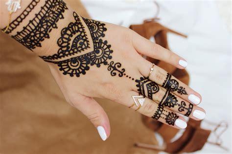 einfache henna tattoo hand vorlagen vorlage einfach vorlage einfach