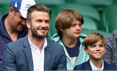 Beckhams To Quit La by David Beckham Reveals S Decision To Quit Football