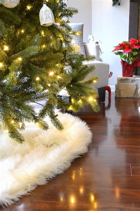white furry fluffy christmas trees my no sew faux sheepskin tree skirt duckling house