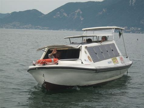 electric boats for lakes electric lake fishing boats www imgkid the image