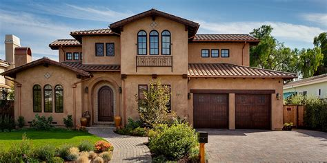 tuscan inspired homes mediterranean home exterior google search misc likes