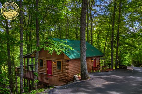 Cheap Log Cabins To Rent by Rental Details For Squirrel Run Log Cabin Rental In Bryson