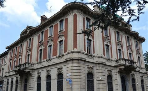 banco ambrosiano il palazzo banco ambrosiano e gli edifici di piazza