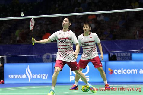 Raket Yonex Kevin Sanjaya djarum badminton korea open superseries 2017 indonesia