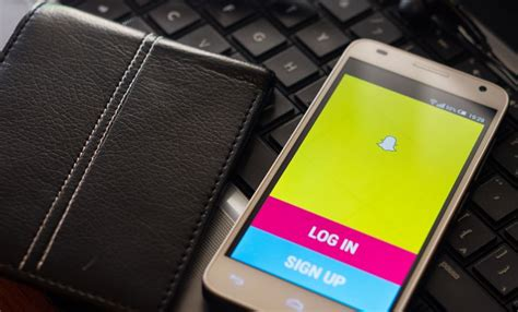 fix snapchat zoomed in problem htc m8 iphone other phones innov8tiv