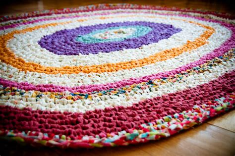 how to crochet a rag rug tapete rag rug puntoyaparte