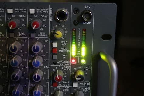 Mixer Crest Audio crest audio xr20 rack mount mixer reverb