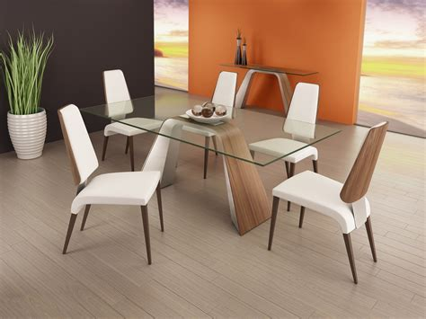 Hyper Table With Magnum Chairs By Elite Modern Furniture Elite Dining Room Furniture