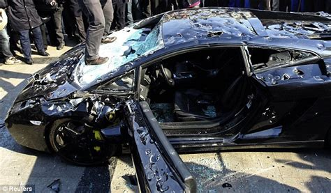 lamborghini smashed up technical problems daily