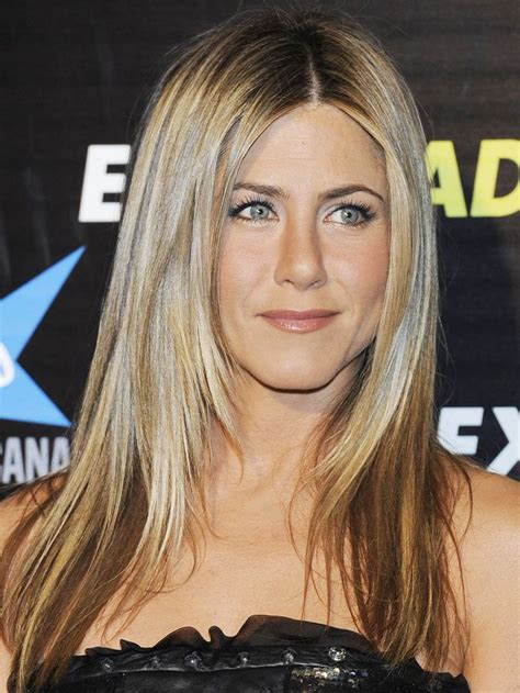 celebrity hairstyles layers 9 best images about jennifer aniston hairstyles on pinterest