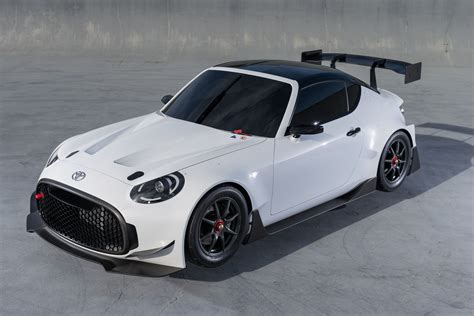 toyota makes toyota s fr racing concept previews potential race car