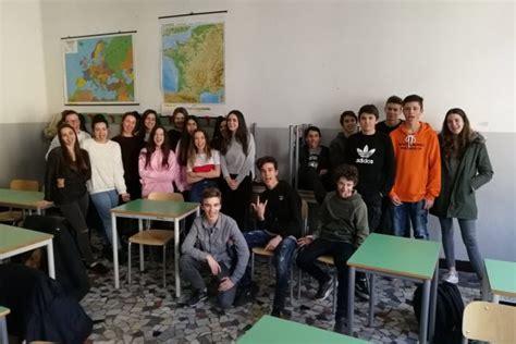 Vicenza Isi 4 Isi La Mente Funziona Al Liceo Fogazzaro Di Vicenza