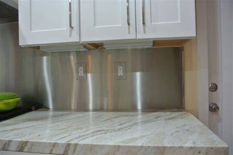 joint between countertop and backsplash