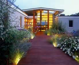 modern front yard landscaping modern front yard designs home decorating ideas