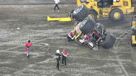 monster truck crash videos youtube monster jam 2014 wrecking crew monster truck crash
