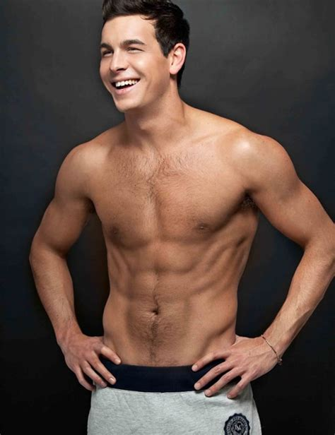 mario casas spanish actor shirtless pics man crush
