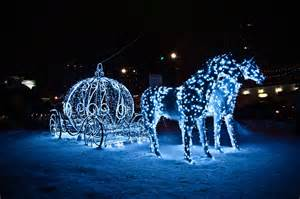 horses light holiday coach vehicles princess winter