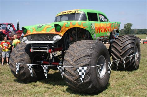 monster truck shows in michigan mount pleasant michigan midwest monster truck events