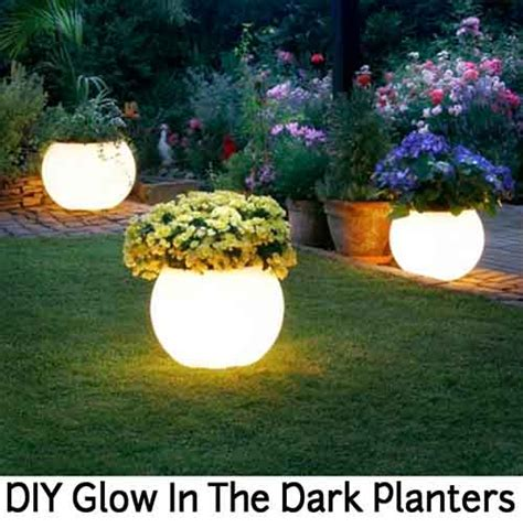 Glowing Planter Pots by Diy Glow In The Planters Lil Moo Creations