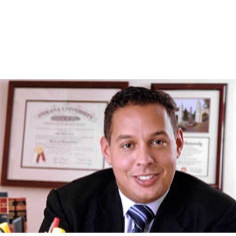 Robert Moody Of Chicago Mba by Robert Lattas Instructor Of Accountancy Depaul