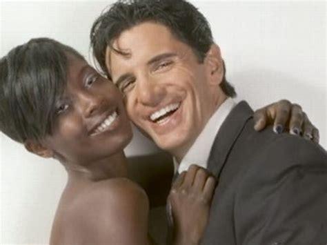 do black women like white men in bed why do black women date white men youtube