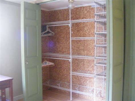 Cedar Lined Closet by How To Organize The Closet Of A Bedroom Interior