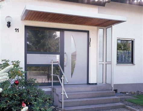 Haustür Kunststoff Oder Aluminium by Hausturen Holz Mit Seitenteil Kreative Ideen 252 Ber Home