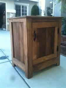 Diy pallet nightstand or floor cabinet pallet furniture plans