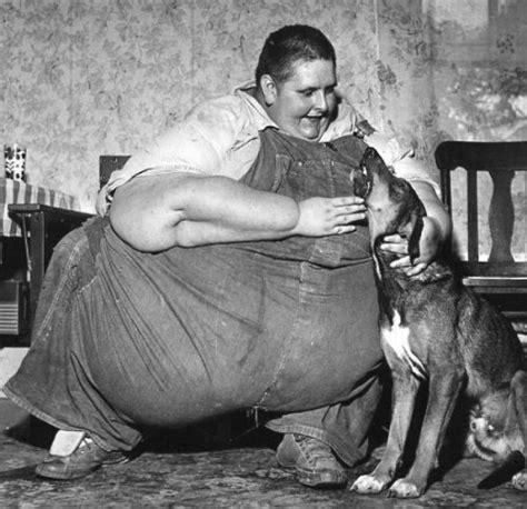 Strange History 32 compelling strange photos throughout history