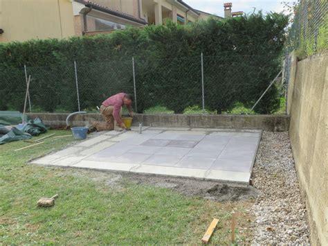 fare un pavimento realizzare un basamento per casette di legno