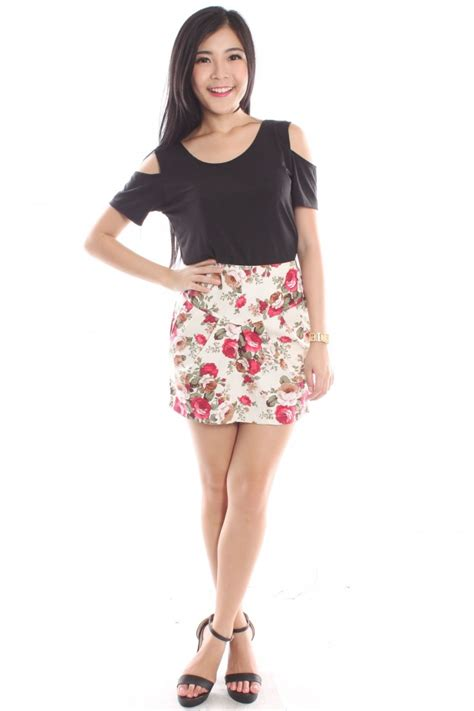 floral high waist tulip skirt the label junkie