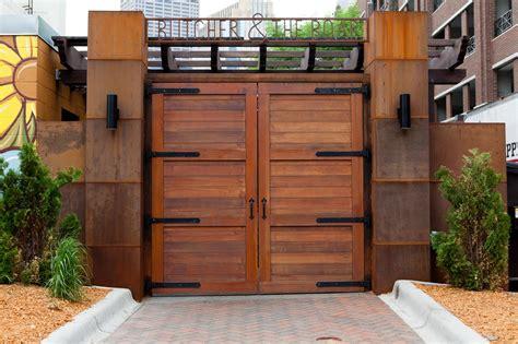 stylish front entry gate design ideas   beautiful