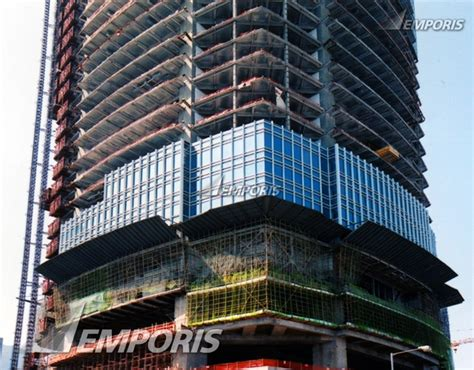 curtain city hong kong curtain wall installation at southeast corner two