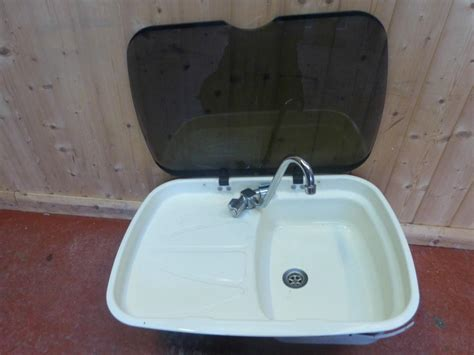 caravan kitchen sinks caravan motorhome white spinflo kitchen sink tap drainer