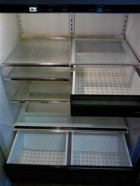 Diy Fridge Shelf by Hometalk Diy Reusable Refrigerator Shelf Liner