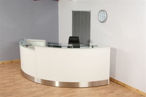 White Reception Desk Live Love Work Pinterest Reception Desk White