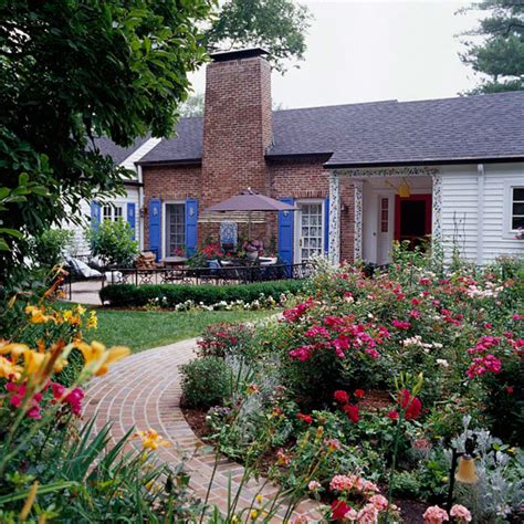 small front yard landscaping idea how to