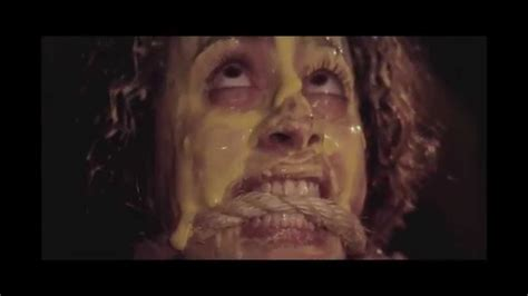 s day pelicula trailer m 233 xico b 225 rbaro trailer horror anthology 2014