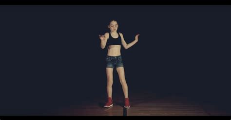 this amazing girl mastered dubstep dancing by youtube this 12 year old girl is a dubstep dance master but how