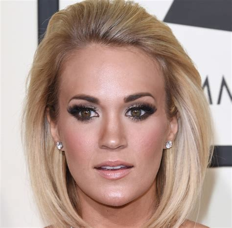 carrie underwood eye color did you see these 5 makeup looks from the 2016 grammys