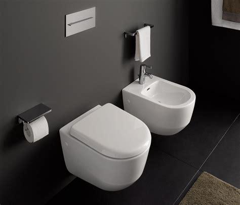 laufen bidet laufen pro wall hung wc toilets from laufen architonic